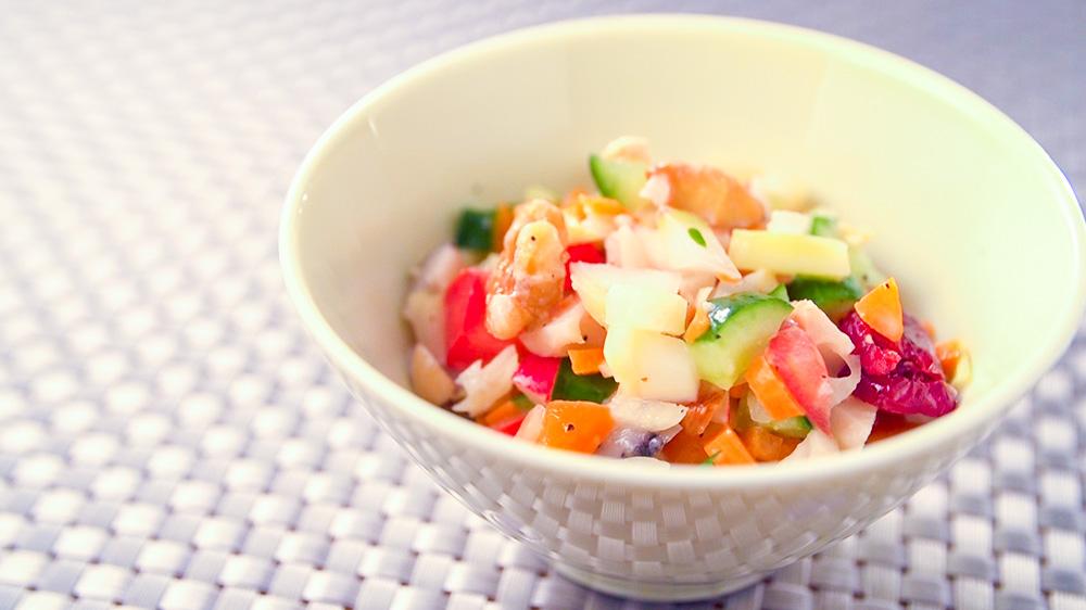 有機野菜の栄養満点チョップドサラダ